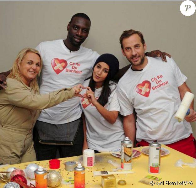 Valérie Damidot et son équipe Leïla Bekhti, Omar Sy et Fred Testot pour D&Co spéciale Cé ke du bonheur, samedi 22 décembre 2012 sur M6