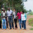 """Sonia Rolland était en voyage humanitaire au Rwanda, son pays d'origine, fin novembre - début décembre 2012 pour le compte de son association Maïsha Africa. Elle rend visite aux """"Chefs de famille"""" à Kinyinya."""