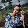 """La belle Sonia Rolland était en voyage humanitaire au Rwanda, son pays d'origine, fin novembre - début décembre 2012 pour le compte de son association Maïsha Africa. Visite de la famille des gorilles """"Sabignwo""""."""