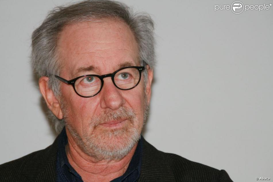 Steven Spielberg est dubitatif. Le sort de Ropocalypse est indécis, probablement remis entre les mains du succès de Lincoln, qui doit sortir sur les écrans français le 30 janvier prochain. (Photo du 19 novembre 2012)
