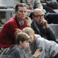 """"""" Iñaki Urdangarin et ses fils Pablo (12 ans) et Miguel (10 ans) au Palau Sant Jordi de Barcelone le 23 janvier 2013 devant le quart de finale du mondial de handball entre la Slovénie et la Russie (28-27). """""""