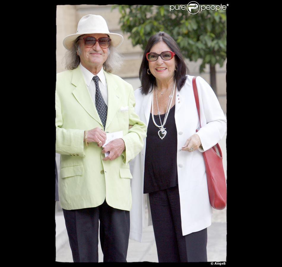 André Chapelle et Nana Mouskouri... Giorgio Armani