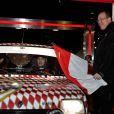 Pierre Casiraghi et son copilote Jean-Thierry Besins, un ami d'enfance, prenaient le 27 janvier 2013 le départ du Rallye Monte-Carlo historique au volant d'une Alpine R5, à Monaco, en présence du prince Albert et de Beatrice Borromeo.