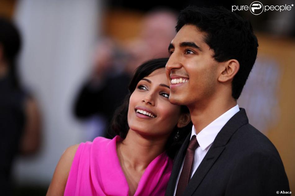 Les amoureux Freida Pinto et Dev Patel lors des Screen Actors Guild Awards à Los Angeles le 27 janvier 2013