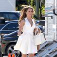 La belle Jennifer Love Hewitt se dépêche sur le plateau de tournage de sa série The Client List, le 31 janvier 2013