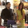 John Legend et Chrissy Teigen font du shopping chez Barney's New York, le 12 février 2013.