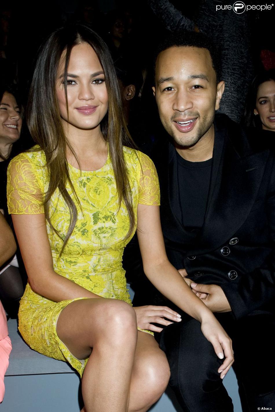John Legend et sa chérie Chrissy Teigen au défilé de la créatrice Vera Wang à New York, le 12 février 2013.