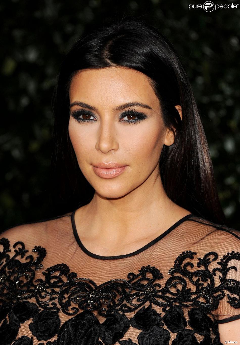 Kim Kardashian assiste à la soirée d'ouverture de la boutique Topshop/Topman au restaurant Cecconi. West Hollywood, Le 13 février 2013.