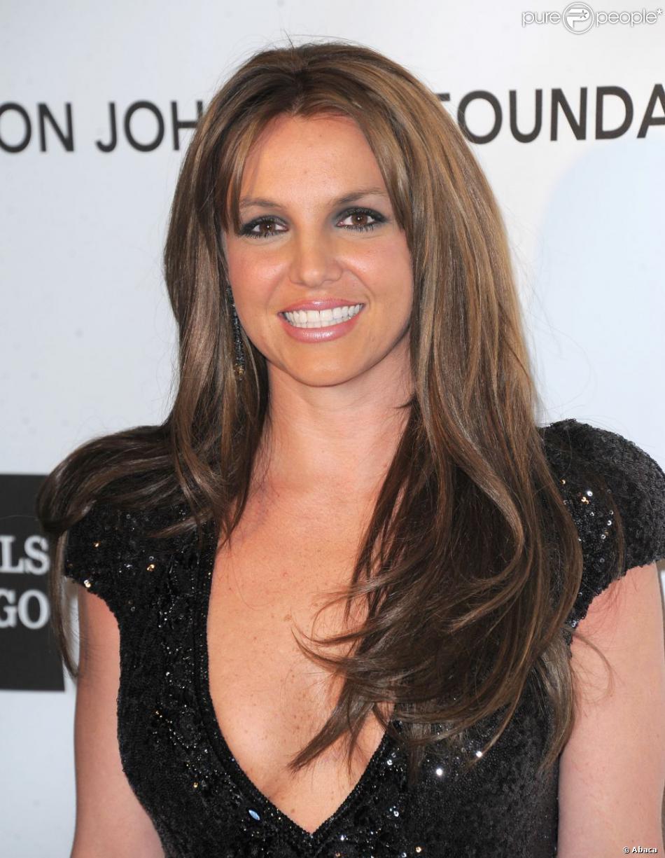 Britney Spears à la soirée organisée par la fondation Elton John, en marge des Oscars, à Los Angeles, le 24 février 2013.