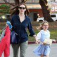 Jennifer Garner et sa fille Violet dans les rues de Pacific Palisades, le 27 février 2013.