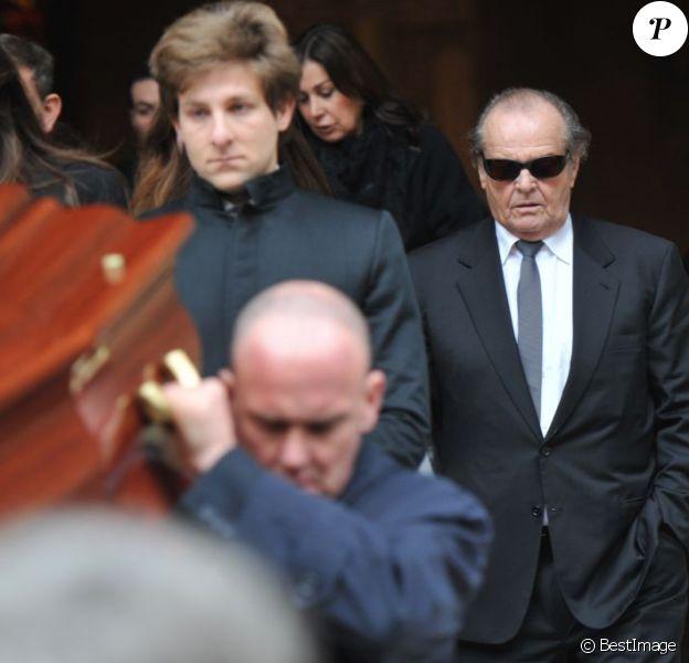 Jack Nicholson aux funérailles de son ami, le photographe Willy Rizzo en l'église Saint Pierre de Chaillot à Paris, le 1er mars 2013.