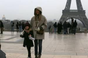 Jessica Alba : Avant la Fashion Week, elle joue les touristes à Paris