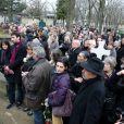 Au cimetière  Montparnasse  pour l'inhumation de Stéphane  Hessel   à Paris le 7 mars 2013.