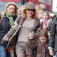 Geri Halliwell et son adorable fille Bluebell Madonna après l'école dans les rues de Londres, le 11 mars 2013.