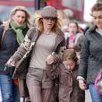 Geri Halliwell et sa fille Bluebell Madonna après l'école dans les rues de Londres, le 11 mars 2013.