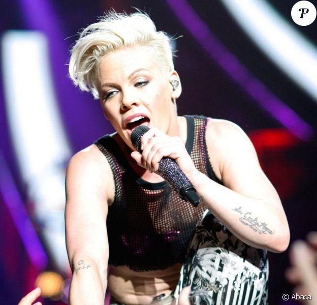 Pink lors de son concert donné au Complexe sportif Bell de Montréal, le 12 mars 2013.