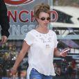 Britney Spears se rend au KFC à Thousand Oaks, le 19 mars 2013.