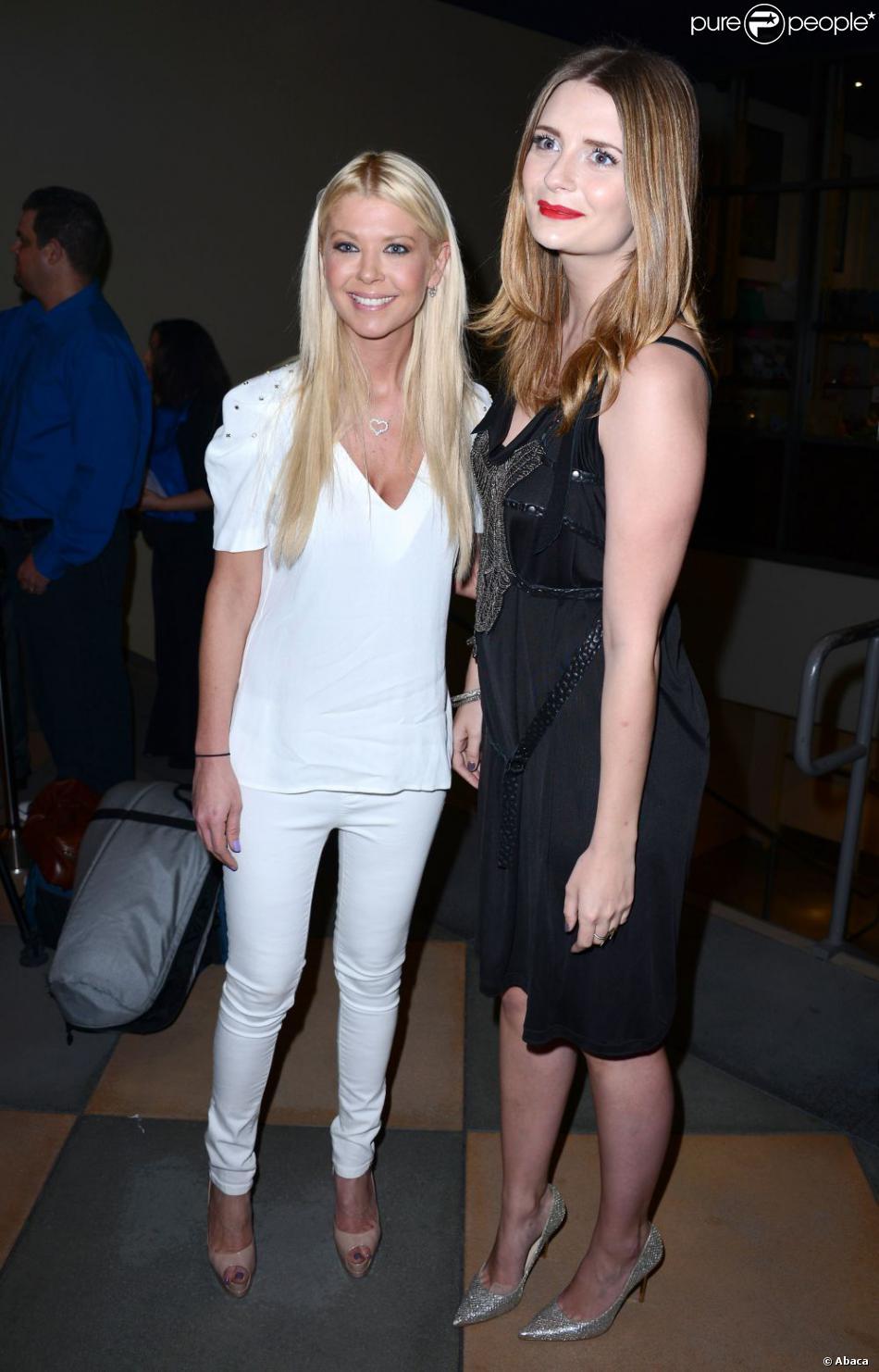 Tara Reid et Mischa Barton posent ensemble à la première de A Resurrection à Los Angeles, le 19 mars 2013.