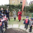 La princesse Anne plantait, avec le concours du Premier ministre David Cameron, le 6 000 000e arbre du programme de reboisement Jubilee Woods, le 27 mars 2013 dans une école d'Ashburnham.