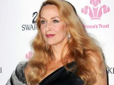 PHOTOS EXCLUSIVES : Jerry Hall, elle assume l'outrage du temps... bravo !