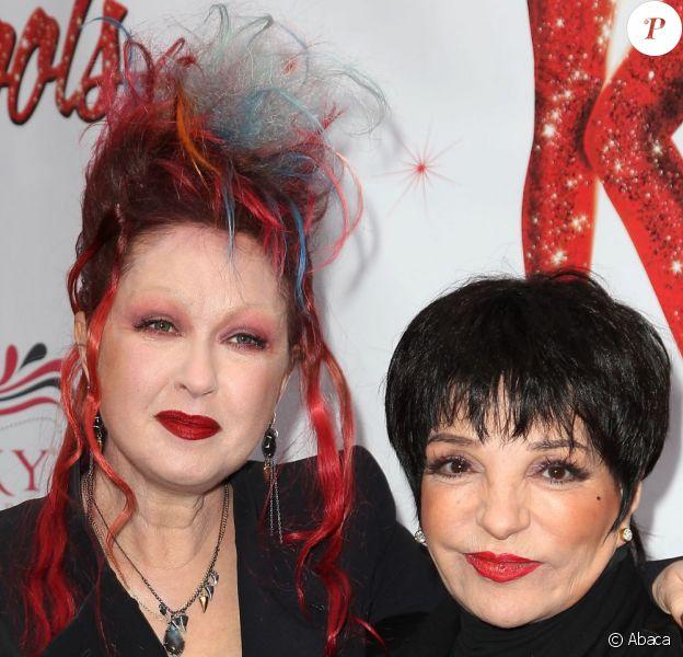 Cyndi Lauper et Liza Minnelli à la première du spectacle Kinky Boots à Broadway (New York) le 4 avril 2013.