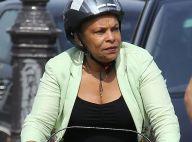 Christiane Taubira : Ecolo, la ministre en virée vélo sous le soleil parisien