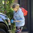 Kristen Bell sort de chez sa maison de Los Angeles, le 28 avril 2013. Il s'agit de sa première apparition depuis la naissance de sa fille le 28 mars 2013.