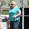 Debbie Rowe et sa fille Paris Jackson vont dejeuner à Palmdale, le 28 avril 2013.