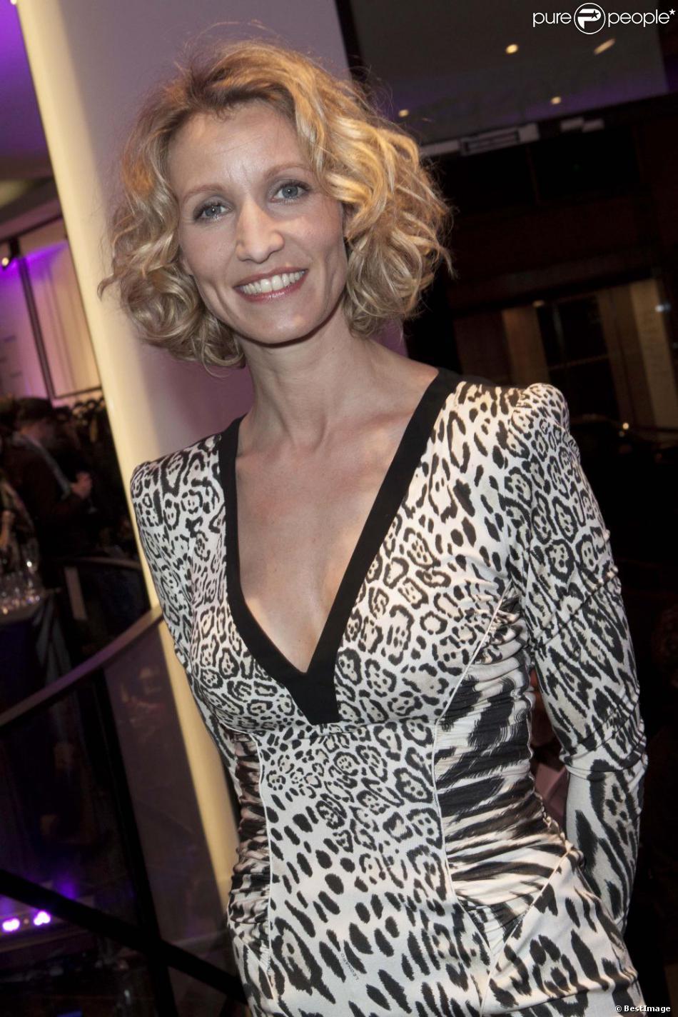 "Alexandra Lamy lors de l'inauguration de la boutique ""Leonard"" à Paris le jeudi 21 Mars 2013"