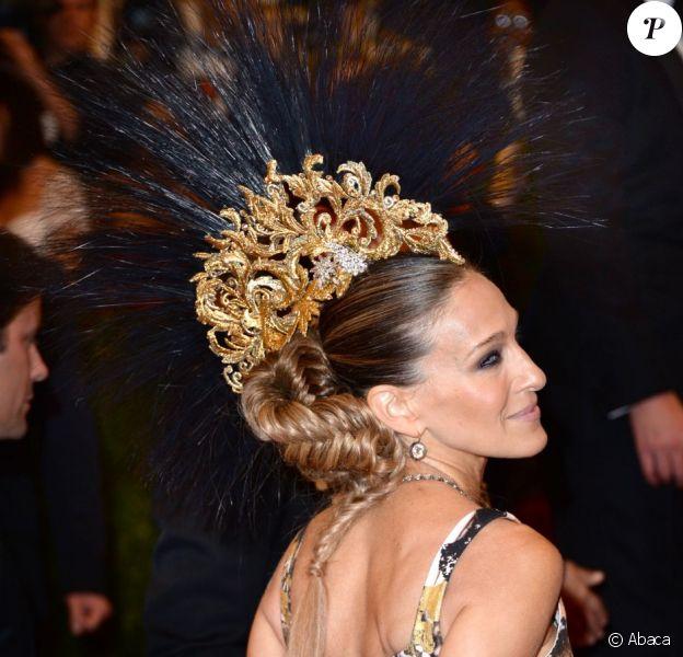 L'actrice Sarah Jessica Parker, punkette glamour, elle a respecté à la lettre le dress code de la soirée du MET Ball 2013, au Metropolitan Museum of Art, à New York.