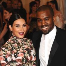 Kim Kardashian et Kanye West assistent au gala Punk : Chaos to Couture du Costume Institute au Metropolitan Museum of Art. New York, le 6 mai 2013.
