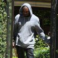 Le rappeur Kayne West quitte la maison de Kim Kardashian, à Los Angeles, le 11 mai 2013