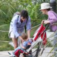 Selma Blair a emmené son fils Arthur Bleick au zoo à Los Angeles, le 9 mai 2013.