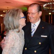 Roger Moore et Kristina Tholstrup : Amoureux comme des ados