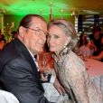 Roger Moore et sa femme Kristina lors d'un dîner à Berlin, le 12 mai 2013.