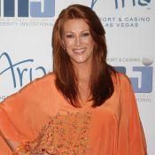 Angie Everhart : La sublime rouquine atteinte d'un cancer de la thyroïde