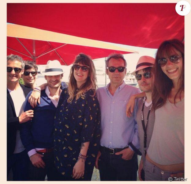 Daphné Bürki a tweeté une photo de l'arrivée de l'équipe du Grand Journal de Canal + à Cannes à l'occasion du 66e Festival de Cannes