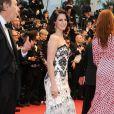 Lana Del Rey pendant la montée des marches de Gatsby le Magnifique en cérémonie d'ouverture du Festival de Cannes, le 15 mai 2013.