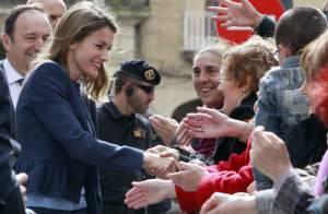 Letizia d'Espagne élégante journaliste face à la crise, le roi largue son yacht