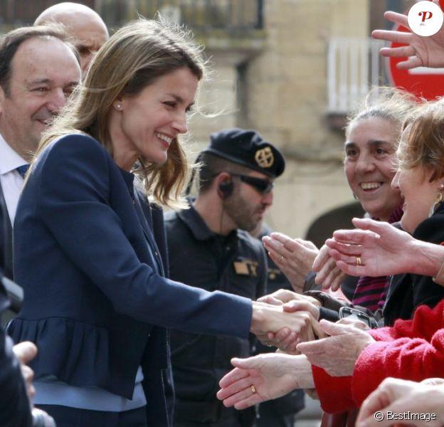Letizia d'Espagne en Rioja le 16 mai 2013, au monastère de Yuso pour l'ouverture d'un séminaire sur le langage de la crise dans le journalisme.
