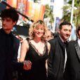 Valeria Bruni-Tedeschi, Louis Garrel, Filippo Timi lors de la montée des marches du film Un château en Italie au Festival de Cannes le 20 mai 2013