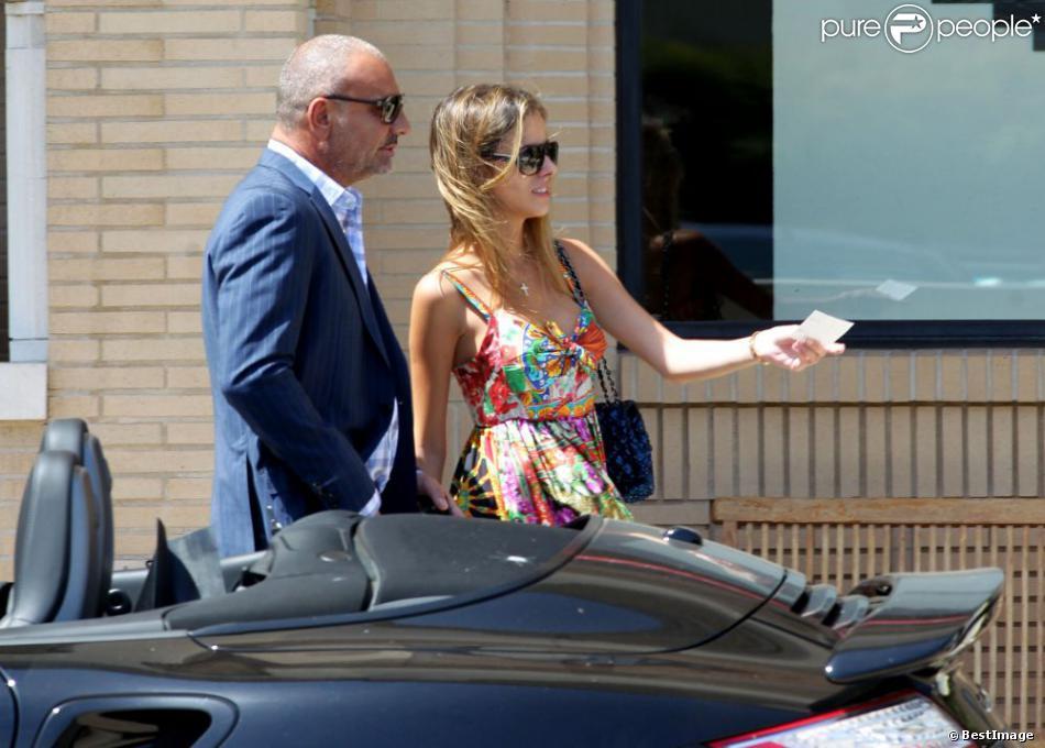 Christian Audigier et sa petite amie Nathalie Sorensen font du shopping à Beverly Hills, le 22 mai 2013.