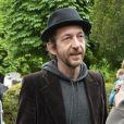Arthur H - Obsèques de Georges Moustaki au Père-Lachaise à Paris. Le 27 mai 2013.
