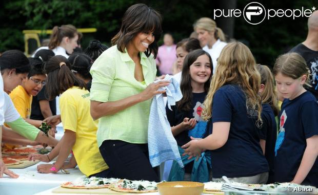 Michelle obama cueillette et pique nique la maison auto for Astrologie maison 12