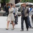Bérénice Marlohe et Lambert Wilson sur le tournage du film 5 to 7 au Musée Guggenheim à New York, le 29 mai 2013.