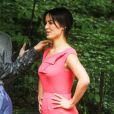 Bérénice Marlohe en saumon sur le tournage du film 5 to 7 à New York, le 28 mai 2013.