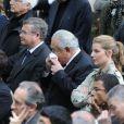 Dominique Strauss-Kahn lors de l'enterrement du constitutionnaliste Guy Carcassonne au cimetière de Montmartre le 3 juin 2013 à Paris
