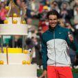 Rafael Nadal a eu le droit à un beau gâteau à l'occasion de ses 27 ans célébrés sur le court Philippe-Chatrier après sa victoire en huitième de finale face à Kei Nishikori à Roland-Garros le 3 juin 2013