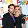 Clovis Cornillac et sa compagne Lilou Fogli lors de la présentation du film Monsieur Papa à Paris le 31 mai 2011