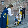 La princesse Estelle était au centre de toutes les attentions. La famille royale de Suède a pris la pose au palais, à Stockholm, le 6 juin 2013, à l'occasion de la Fête nationale. Chris O'Neill, à deux jours de son mariage avec la princesse Madeleine, se joignait au roi Carl XVI Gustaf, à la reine Silvia, à la princesse Victoria, au prince Daniel et à la princesse Estelle, au prince Carl Philip et à Madeleine.